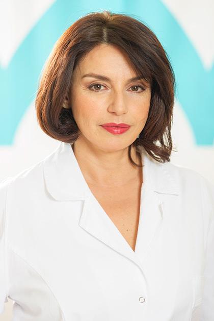 DR Nina Avakumović je specijalista dermatovenerologije u Derma Care Ada Medigroup